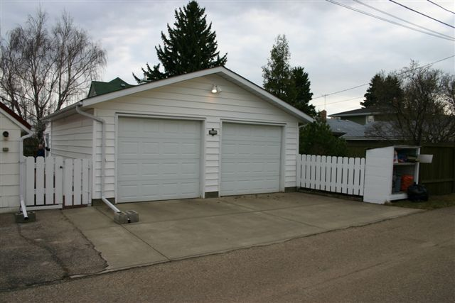 Double Detached Garages : What is a double garage real estate definition gimme